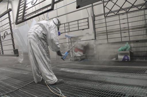 laboratorio-verniciatura-a-liquido-milano