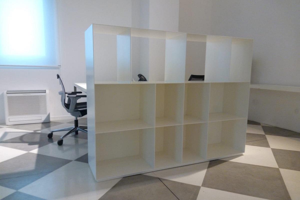 libreria-in-lamiera-sabbiata